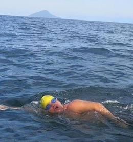 12 horas nadando